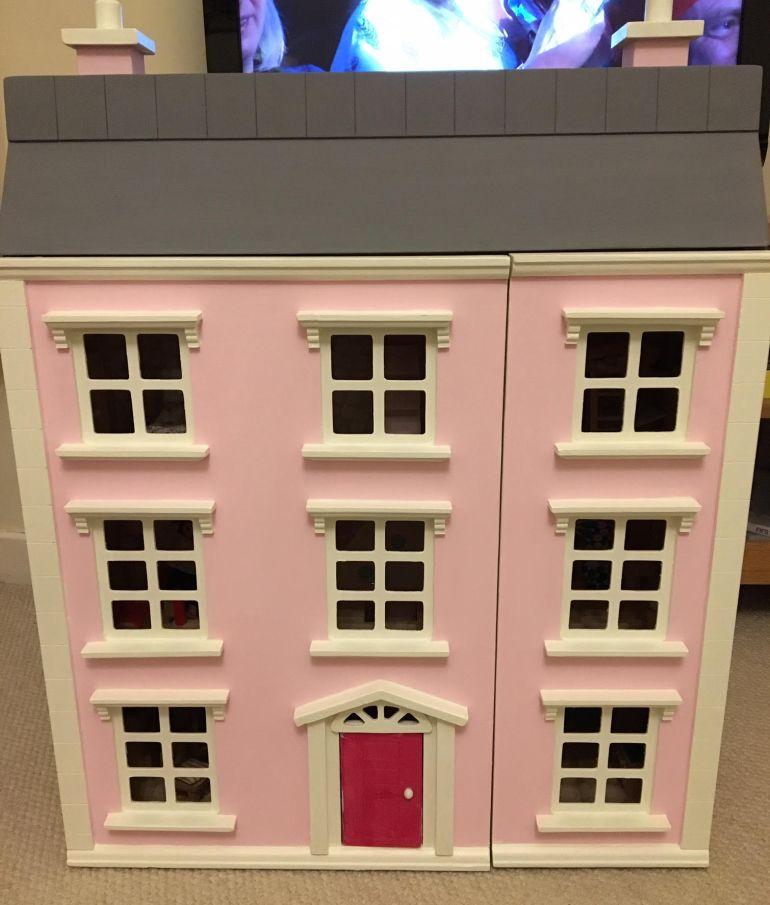 dolls-house